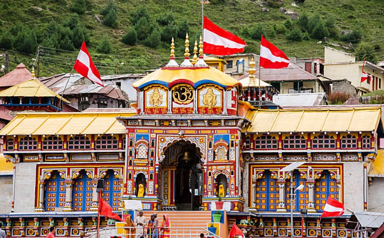 Best Place to visit near Badrinath